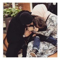 Family Goals, Family Love, Couple Goals, Cute Muslim Couples, Old Couples, Muslim Pictures, Islamic Pictures, Funny Fun Facts, Muslim Family