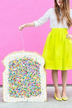 Paying homage to the Australian birthday treat, this super cute fairy bread piñata DIY is the perfect quirky party staple you never knew you needed.