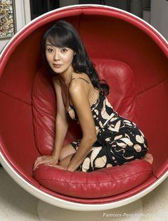 http://www.famous-people-nude.com/mrskin/yunjin-kim/yunjin-kim-006.jpg