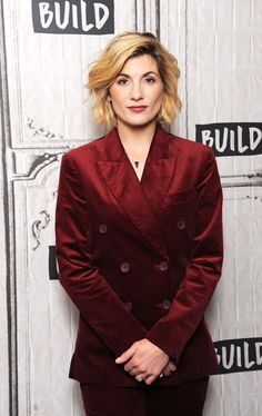 Jodi Whittaker, Pretty People, Beautiful People, Doctor Who Cast, 13th Doctor, Female Doctor, Tv Presenters, I Love Girls, Attractive People