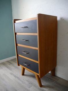 Chiffonier vintage des années 60 Upcycled Home Decor, Dresser, Home Staging, Furniture Makeover, Cupboard, Mid Century, Living Room, Diy, Interiors