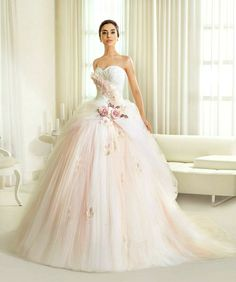Beach-Destination Princess Tulle Wedding Dresses 2014