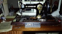 Say hello to Jane....a hand crank....Model is Jones Family CS....dated somewhere between 1929 and 1934.