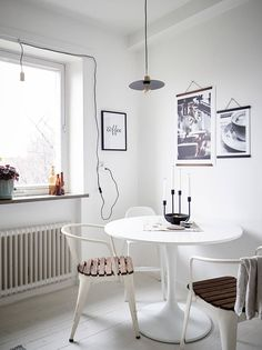"""Ikea """"Docksta"""" tulipe table - Before After DIY Ikea, Modern Interior, Interior Design, Tulip Table, Dining Room, Dining Table, Wall Spaces, Diy For Teens, Grey And White"""