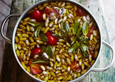 Borlotti Beans with Garlic and Olive Oil Stewed fresh shell beans, fragrant with sage and garlic, can launch 100 summer dishes, from pasta and soups to salads and crostini. But first, celebrate this pot of beans as an exalted dish in its own right. Use fresh, frozen, or dried borlotti beans, a.k.a. cranberry beans. Once cooked, let them cool in the pot on the counter, or chill overnight to allow the flavors to meld.
