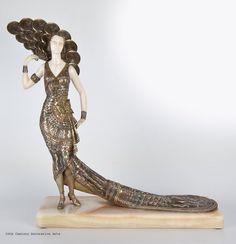 A Enrique Molins-Balleste Art Deco chryselephantine figure, France 1920s.
