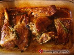 Αρνάκι στο φούρνο αρωματικό #sintagespareas Greek Recipes, Meat Recipes, Food Processor Recipes, Chicken Recipes, Dinner Recipes, Cooking Recipes, Healthy Recipes, Healthy Foods, Lamb Dishes
