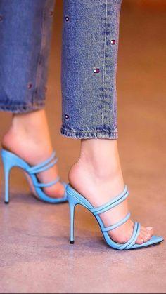 Hot High Heels, Sexy Heels, High Heels Stilettos, Womens High Heels, Stiletto Heels, Women's Heels, Fall Heels, Beautiful Shoes, Gorgeous Feet