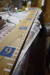 Growth Chart Ruler for the classroom Woodworking Guide, Custom Woodworking, Woodworking Projects Plans, Diy Wood Projects, Wood Crafts, Projects To Try, Growth Chart Ruler, Growth Charts, Kids Wood