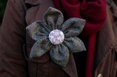 Wool flower brooch pin