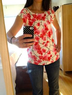 #stitchfix @stitchfix stitch fix https://www.stitchfix.com/referral/3590654 Stitch Fix: Tart Daryn Floral Print Jersey Top {Fun print, pretty colors!} - It's long enough on her, would it be on me?