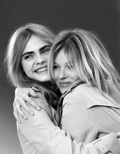 IMAGES : La maison britannique réunit les deux icônes de la mode dans la campagne de sa nouvelle fragrance féminine, My Burberry. Découvrez les photos coulisses de cette rencontre au sommet, capturées sur le shooting avec Mario Testino. http://www.elle.fr/Beaute/Parfums/Tendances/Kate-Moss-et-Cara-Delevingne-pour-My-Burberry-les-coulisses-de-la-rencontre