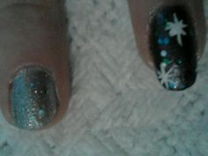 Detail. Excuse the bad cuticle plz.