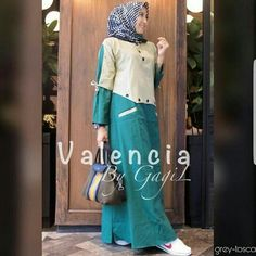 Bfmh klik 081233765375 Bahan balotelly fit to l Islamic Fashion, Muslim Fashion, Abaya Fashion, Fashion Dresses, Women's Fashion, Muslim Long Dress, Dress Clothes For Women, Cotton Shirt Dress, Blouse Models