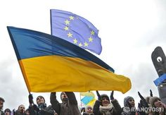13 березня Ukraine's Prime Minister Arseniy Yatsenyuk said Kiev hopes to sign political chapters of an association agreement with the European Union next week.  http://themoscownews.com/politics/20140313/192606253/Ukraine-EU-to-sign-political-association-deal-next-week.html