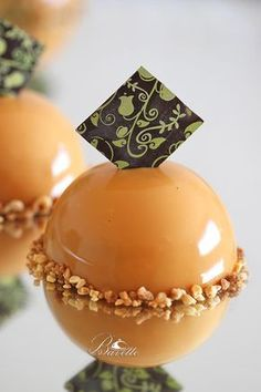 Caramel-glazed dome filled with cinnamon-lemon cream mousse and caramelized apple. Garnish with sugared almonds and granulated chocolate if desired. Gourmet Desserts, Fancy Desserts, Plated Desserts, Just Desserts, Delicious Desserts, Zumbo Desserts, Mini Cakes, Cupcake Cakes, Patisserie Fine