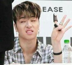 Memes faces kpop ikon 19 Ideas for 2019 Kim Jinhwan, Ikon Junhoe, Ikon Kpop, Hanbin, Meme Faces, Funny Faces, Funny Love, Funny Kids, K Pop