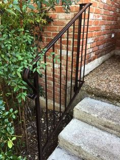 Best How To Update And Refinish Old Iron Rails Outdoor Stair 640 x 480