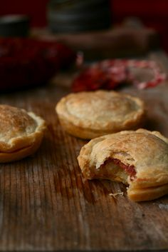 Mini pies con patate e chorizo