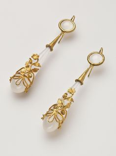 Gold and Chalcedony Georgian Earrings c.1820