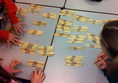 Sorting Word Families: Although laminated cards are great, sometimes there's just not enough room for a large collection of words. Students work together in collaborative groups to sort these words on sticks; you can't beat it for durability - they've las Teaching Second Grade, 2nd Grade Ela, 2nd Grade Reading, Word Work Games, Word Work Activities, Kindergarten Literacy, Literacy Activities, Literacy Centers, Teaching Reading