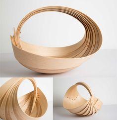 Trugs // Diseño: Jane Crisp //  Gran diseño que utiliza madera doblada, lo que permite obtener piezas únicas y originales.//  http://www.janecrisp.com/home/