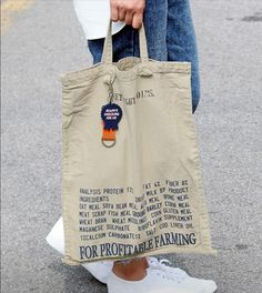 (notitle) - go with it ^^ Diy Tote Bag, Tote Backpack, Reusable Tote Bags, Cary Bag, Look Fashion, Fashion Bags, Look Street Style, Jute Bags, Fabric Bags