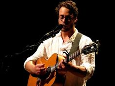 Amos Lee - Flower (some explicit language in the intro) Variety Playhouse ATL 4.10.10