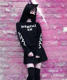 Form gurus offer over five fresh new tips to wear a hoodie without giving the impression of an angst-ridden. Edgy Outfits, Anime Outfits, Korean Outfits, Grunge Outfits, Girl Outfits, Cute Outfits, Fashion Outfits, Fashion Clothes, Pastel Goth Fashion