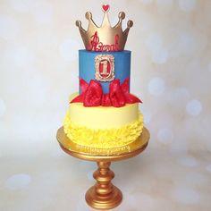 Snow White themed 1st birthday cake