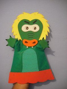 Educando com simplicidade: Fantoches com a turma do Sítio do Pica-pau Amarelo. Felt Puppets, Hand Puppets, Finger Puppets, Recycled Crafts, Diy And Crafts, Holidays And Events, Make Your Own, Princess Peach, Couture