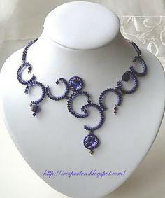 Irosperlen: Ketten / Necklaces