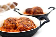 קציצות+בשר+ברוטב+עגבניות Meat Recipes, Cooking Recipes, Tandoori Chicken, Beef, Meals, Ethnic Recipes, Food, Drinks, Beef Recipes