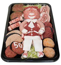 Geschenken - Keurslager. Voor de vlees liefhebbers is er ook een ¨Abraham¨ Food Design, 50th Birthday, Cake Cookies, Gingerbread Cookies, Buffet, Diy And Crafts, Bbq, Food And Drink, Presents