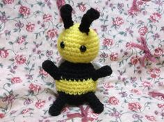 Crochet bee bumble bee toy bee amigurumi bug toy by SalemsShop