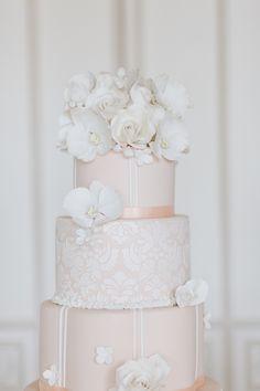 Photography: Eddie Judd Photography - eddiejuddphotography.com Cakes: Cakes by Krishanthi - cakesbykrishanthi.co.uk  Read More: http://www.stylemepretty.com/little-black-book-blog/2014/04/02/wedding-cake-inspiration-from-cakes-by-krishanthi/