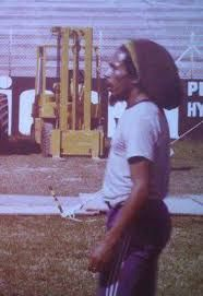 **Bob Marley** Barra da Tijuca, Rio de Janeiro, Brazil, March 1980. ►Football camp of Chico Buarque ►►More fantastic pictures, music and videos of *Robert Nesta Marley* on: https://de.pinterest.com/ReggaeHeart/