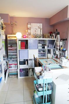 Creative3  Scrapbooking space with everything within reach.  Lilth via Two Peas Blog