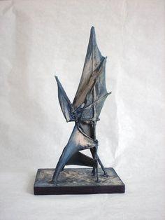 2-Azul 27x14x11 cm. tela y madera 2011