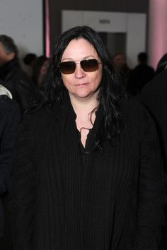 Kelly's Style -- Kelly Cutrone's drab look reminds me a lot of how I picture Shiaparelli. Her true colors come out in her work, not her appearance.