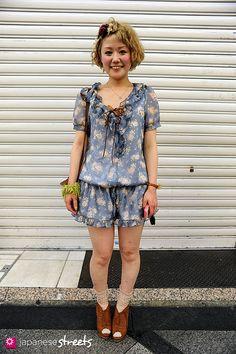 HARUKA Shinsaibashi, Osaka SPRING 2010, GIRLS Kjeld Duits HAIRSTYLIST, 22  Rompers – N/A Shoes – N/A