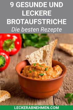 Kalorienarme Brotaufstriche - 9 leckere Aufstriche zum Abnehmen From delicious lentil bread spread to Mediterranean dip with dried tomatoes: Here you will find many healthy spread recipes for losing weight. Chili Cheese Dips, Cheese Dip Recipes, Healthy Snacks, Healthy Eating, Healthy Recipes, Best Tuna Salad Recipe, Valeur Nutritive, Recipe For 4, Finger Foods