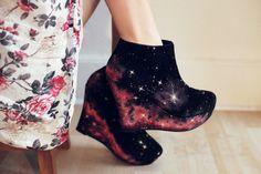 Galaxy shoes?! I'm lusting.