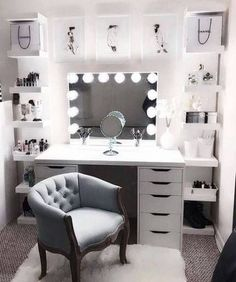 Find the beautiful makeup room ideas, designs & inspiration to match your style. Browse through images of makeup room & vanity mirror to create your perfect home. Beauty Room Decor, Makeup Room Decor, Makeup Rooms, Bedroom Decor For Teen Girls, Room Ideas Bedroom, Diy Bedroom, Ikea Room Ideas, Teen Girl Bedrooms, Bedroom Colors