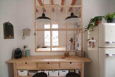 Pese a su estructura de loft, la vivienda respira dos ambientes diferentes, lo que le proporciona carácter al proyecto. La zona de día, acen...
