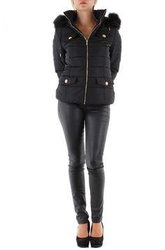Nouveau modèle de doudoune avec capuche fourrure noir du S au XL superbe et fashion à vite découvrir !  http://www.boutiquedestendances.com/fr/vetement-femme-gilet-manteau/404-doudoune-femme-noir-avec-capuche-fourrure.html