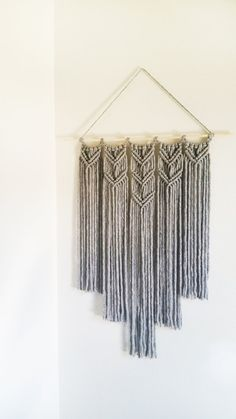 Large Macrame Gray Handmade Wall Hanging / Made in United States / Bohemian Macrame / Woven Macrame / Macrame Tapestry / Yarn Decor – sleepydady Macrame Wall Hanging Diy, Handmade Wall Hanging, Macrame Art, Macrame Projects, Macrame Knots, Yarn Wall Art, Deco Boheme, Macrame Design, Macrame Patterns
