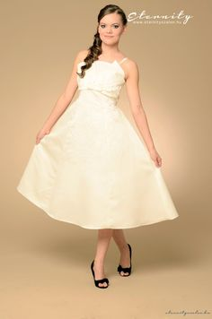6a0cb1ea74 Betti vintage esküvői ruha Wedding Dresses, Fashion, One Shoulder Wedding  Dress, Bride Dresses