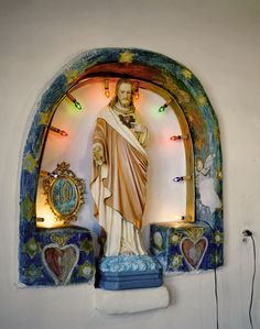 Living Shrines: Jesus with Lights