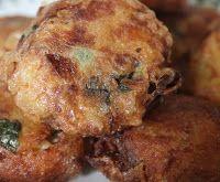 Surinaams eten!: Bregedel (Begedil): heerlijke snack van aardappel met garnalen